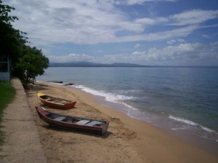 barrero beach yolas